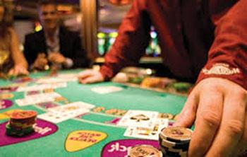 Dealer pays in choppy game